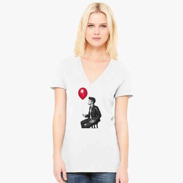 dae384dbcbb8 Brunomars Baloon Women's V-Neck T-shirt - Customon